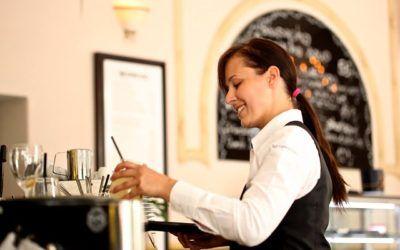 Este verano se esperan más de 600.000 nuevas contrataciones, muchas de ellas en hostelería
