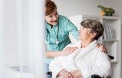 auxiliar-geriatría
